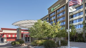 Exterior view - Holiday Inn Lakewood