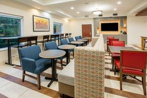 Restaurant - Holiday Inn Express Hotel & Suites Grand Prairie