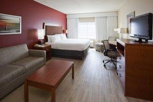 Room - Holiday Inn Hotel & Suites Maple Grove