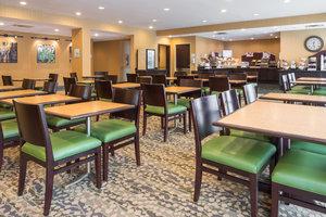 Restaurant - Holiday Inn Express Bensalem