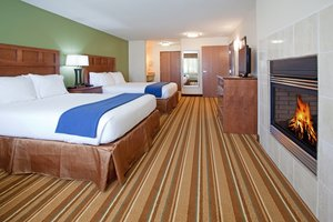 Suite - Holiday Inn Express Hotel & Suites Los Alamo
