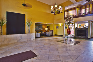 Lobby - Holiday Inn Express Hotel & Suites Petoskey