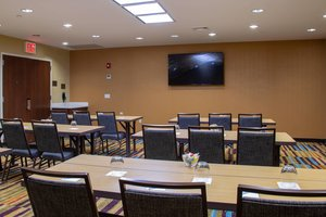 Meeting Facilities - Fairfield Inn & Suites by Marriott Fresh Meadows
