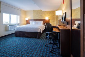Room - Fairfield Inn & Suites by Marriott Fresh Meadows