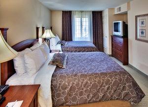 Room - Staybridge Suites Davenport