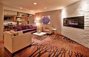 Lobby - Holiday Inn Express Hotel & Suites St Robert