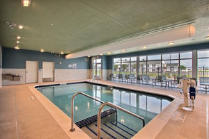 Pool - Holiday Inn Express Hotel & Suites Fond du Lac