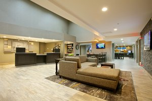 Lobby - Holiday Inn Express Hotel & Suites Paso Robles