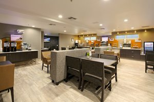 Restaurant - Holiday Inn Express Hotel & Suites Paso Robles