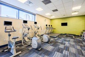 Fitness/ Exercise Room - Holiday Inn Express Midtown Philadelphia