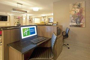 proam - Holiday Inn Express Hotel & Suites Minnetonka