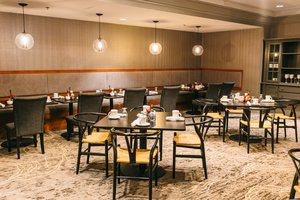 Restaurant - Crowne Plaza Hotel Harrisburg