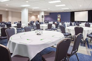 Ballroom - Holiday Inn East Ottawa