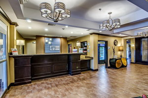 Lobby - Holiday Inn Express Hotel & Suites Wytheville
