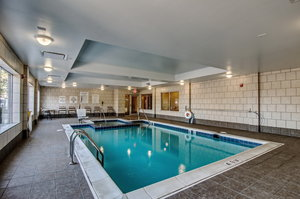 Pool - Holiday Inn Express Hotel & Suites Wytheville