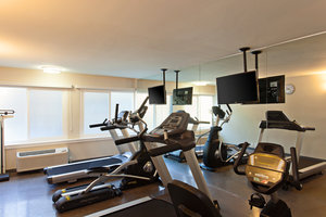 Fitness/ Exercise Room - Holiday Inn West Covina