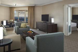 Suite - InterContinental Hotel Toronto Centre