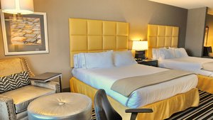 Suite - Holiday Inn Express Covington