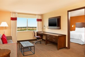 Suite - Four Points by Sheraton Hotel Phoenix Mesa Gateway Airport
