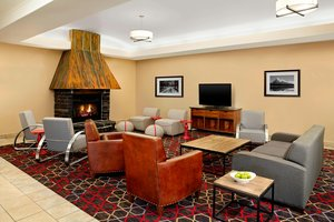 Lobby - Four Points by Sheraton Hotel Edmonton Airport Nisku