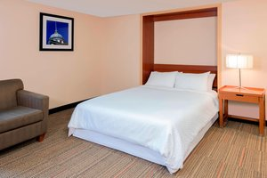 Room - Four Points by Sheraton Hotel Kingston