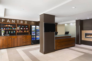 Lobby - Four Points by Sheraton Hotel Surrey