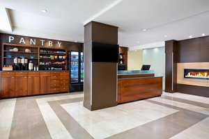 Restaurant - Four Points by Sheraton Hotel Surrey