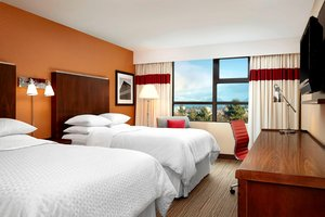 Room - Four Points by Sheraton Hotel Airport Vancouver Richmond