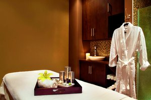Spa - Four Points by Sheraton Hotel Airport Calgary