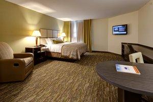 Room - Candlewood Suites Manhattan