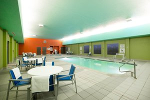 Pool - Holiday Inn Express Hotel & Suites Columbus