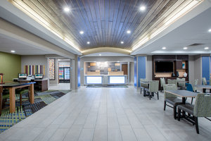 Lobby - Holiday Inn Express Hotel & Suites Columbus