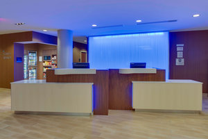 Lobby - Fairfield Inn & Suites by Marriott Downtown Ft Lauderdale
