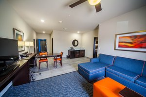 Room - Holiday Inn Express Hotel & Suites Southeast Oklahoma City