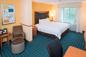Room - Fairfield Inn & Suites by Marriott White River Junction