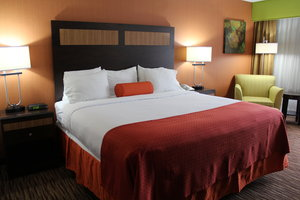 Room - Holiday Inn Danbury