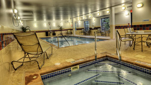 Pool - Holiday Inn Express Hotel & Suites Sioux City