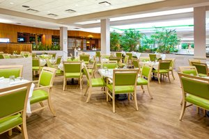 Restaurant - Holiday Inn Bridgeport