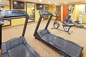 Fitness/ Exercise Room - Holiday Inn Express Saugus