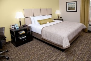 Room - Candlewood Suites Vestal