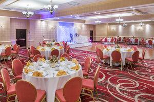 Ballroom - Crowne Plaza Hotel Newark Airport Elizabeth