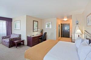 Suite - Holiday Inn Express Downtown Spokane