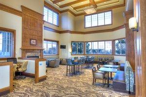 Lobby - Holiday Inn Express Downtown Spokane