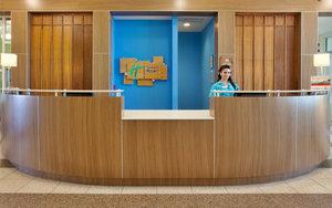 Lobby - Holiday Inn Resort Pensacola Beach