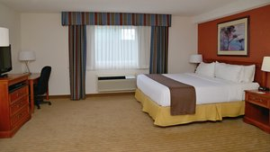 Room - Holiday Inn Hinton