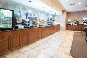 Restaurant - Holiday Inn Express Hotel & Suites North Pueblo