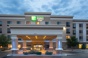 Exterior view - Holiday Inn Express Hotel & Suites North Pueblo