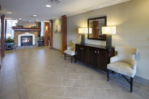 Lobby - Staybridge Suites Bloomington