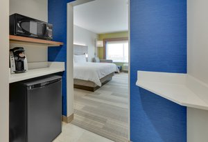 Room - Holiday Inn Express Hotel & Suites Northwest Dallas