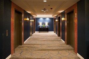 Lobby - Crowne Plaza Hotel Airport Bloomington